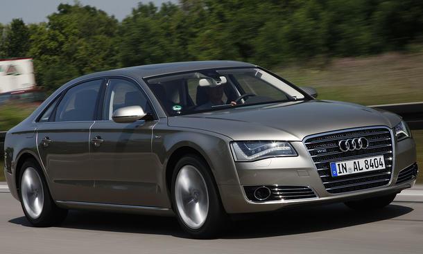 Audi A8 L W12 quattro Luxusklasse-Limousine als Langversion
