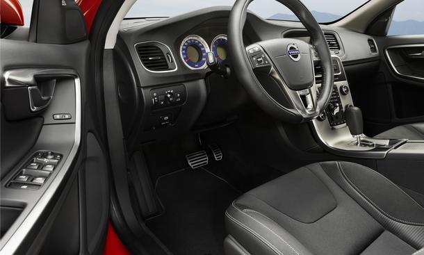 Volvo s60 und v60 r design sport paket f r die for Innenraum design app