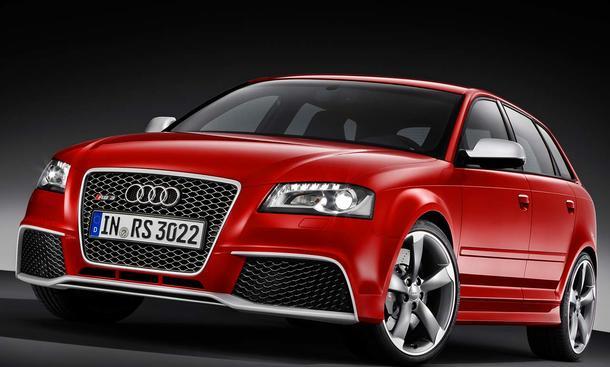 Audi RS 3 Sportback Singleframe-Grill in Rautenoptik