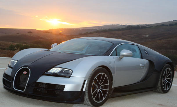 Photos  Bugatti on Bugatti Veyron 16 4 Super Sport Im Fahrbericht   Faszination Auto