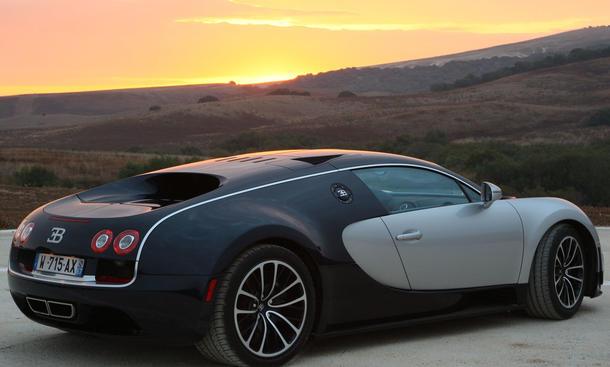 bugatti veyron 16 4 super sport im fahrbericht bild 5. Black Bedroom Furniture Sets. Home Design Ideas