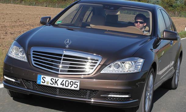 Mercedes S 500 im Vergleich Leistung Front