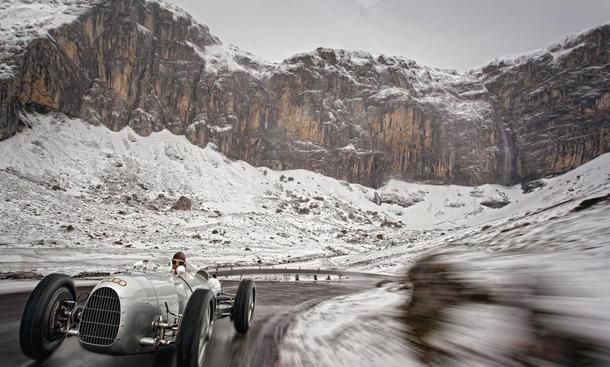 Audi Tradition Silberpfeil Kalender 2011