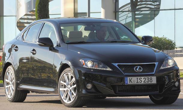 Lexus IS 200d mit Spar-Dieselmotor