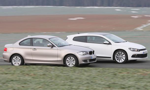 Langeweile sieht anders aus: BMW 120d Coupé gegen VW Scirocco 2.0 TDI