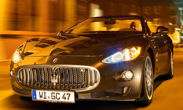 Bilder Maserati Grand Cabrio Front