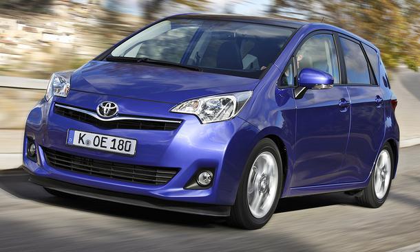 Bilder Toyota Verso S Mini-Van