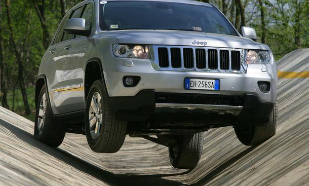 Jeep Grand Cherokee 3.0 V6 CRD im Fahrbericht - Verschränkung