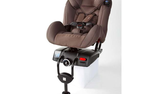 kindersitz test 2011 von adac und stiftung warentest. Black Bedroom Furniture Sets. Home Design Ideas