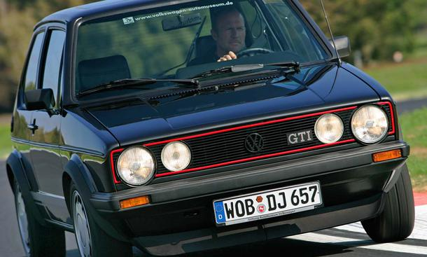 "VW Golf I GTI ""Pirelli"""