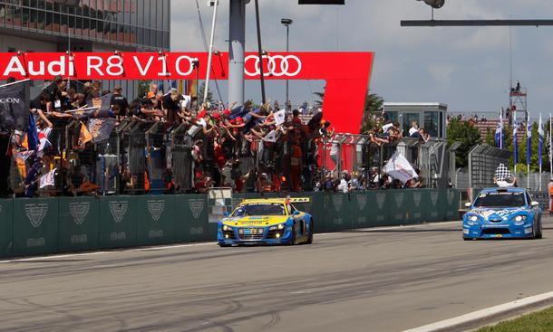 Audi R8 LMS erneut bester GT3-Sportwagen