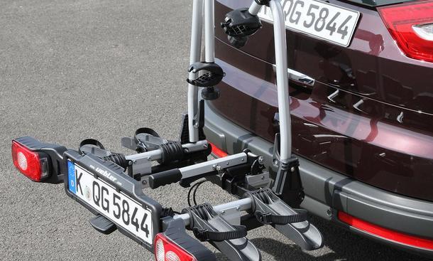 fahrradtr ger test f nf kompakte hecktr ger im test. Black Bedroom Furniture Sets. Home Design Ideas