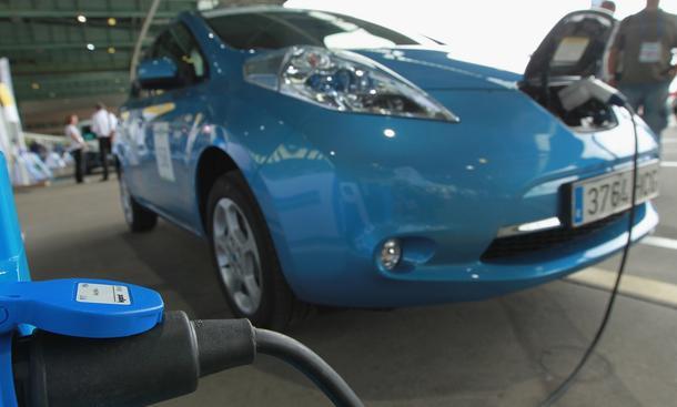 Führerscheinprüfung im Elektroauto ist generell möglich