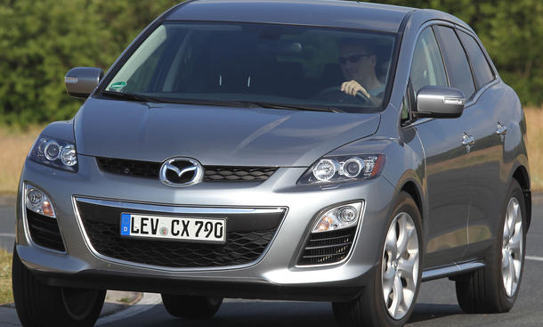 16 kompakt suv im mega test mazda cx 7 bis vw tiguan. Black Bedroom Furniture Sets. Home Design Ideas