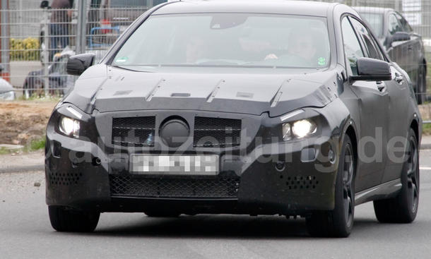 Bilder Mercedes A-Klasse AMG Erlkönig 2011 AMG-Version