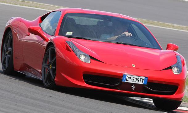 Bilder  Ferrari 458 Italia Federung
