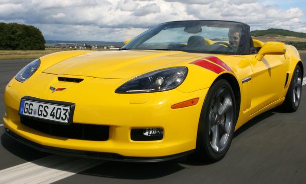 Chevrolet Corvette Grand Sport Cabrio mit breiterer Spur und größeren Bremsen