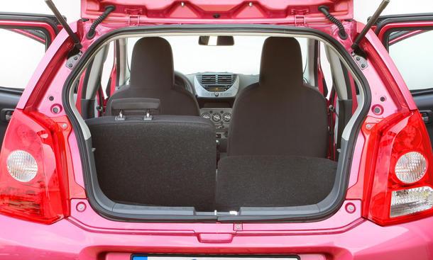 kleinwagen sieben g nstige autos im vergleichstest bild 63. Black Bedroom Furniture Sets. Home Design Ideas