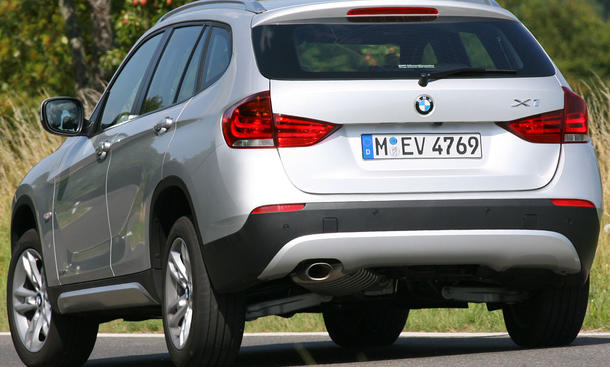 BMW X1 xDrive18d ab 32.200 Euro