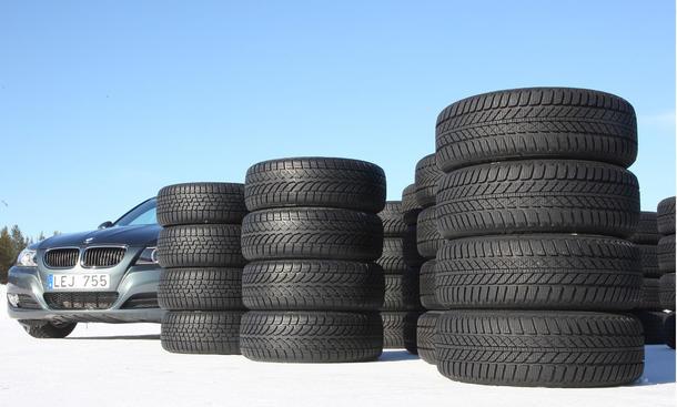 Winterreifen-Test: 14 Reifen der Größe 205/55 R 16 H im Vergleich