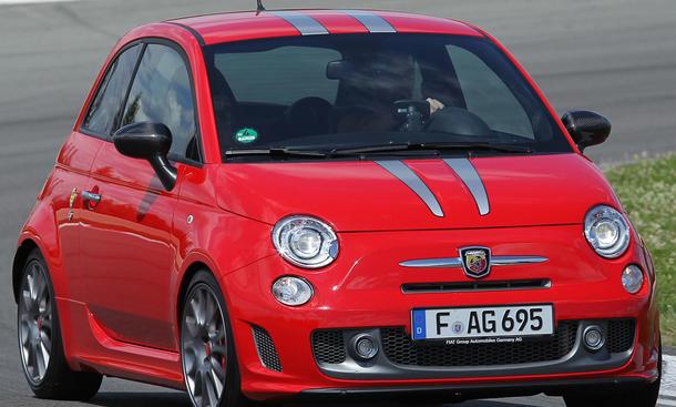 Bilder Fiat 500 Abarth 695 Tributo Ferrari