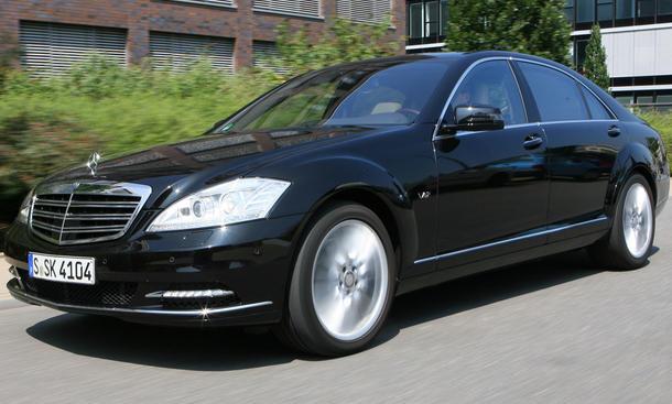 Mercedes S 600 Lang -  ABC-Fahrwerk