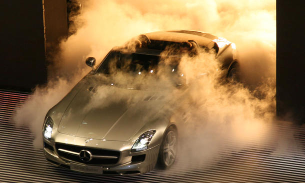 Mercedes SLS AMG Roadster: Premiere
