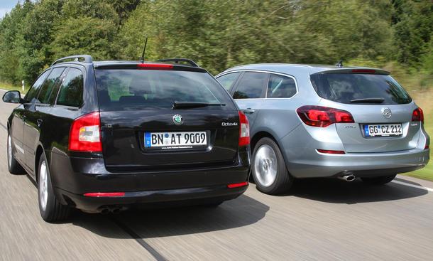 Opel Astra Sports Tourer und Skoda Octavia Combi im Test