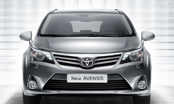 2013 Acura Redesign on New 2014 Toyota Avensis Facelift Models And Release On Neocarmodel Com