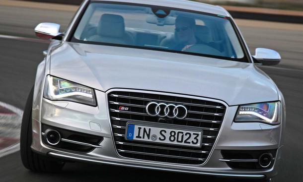 Audi S8 2011