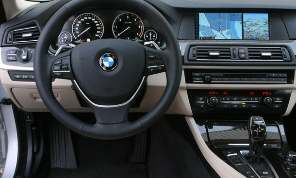 2011 BMW 535d Touring related infomation,specifications