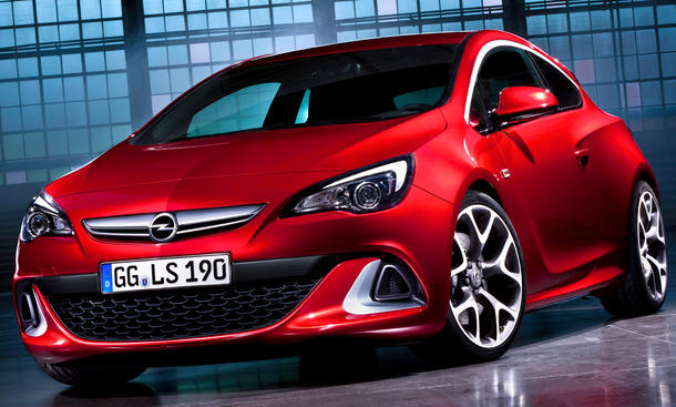 Opel Astra GTC OPC Front