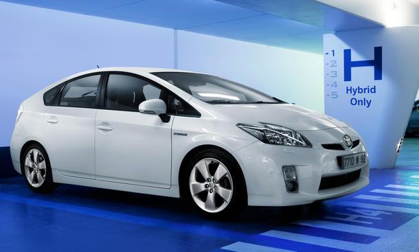 Toyota BMW Kooperation Hybrid Diesel Motoren 2012