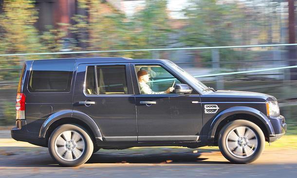 Land Rover Discovery 4 3.0 SDV6 - Geländegänger
