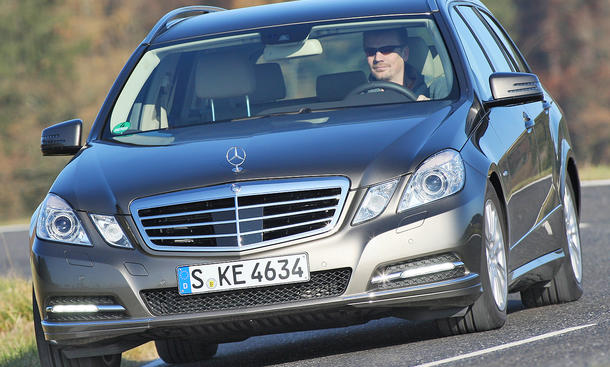 Mercedes E 250 CDI T-Modell BlueEFFICIENCY Vergleichstest