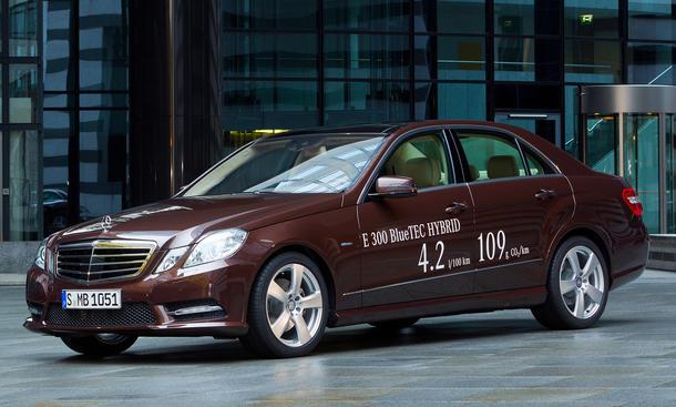 Mercedes E 300 BlueTec Hybrid Diesel Detroit Auto Show 2012