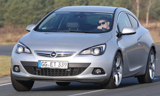 Bilder Opel Astra GTC 1.4 Turbo
