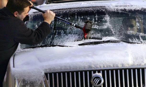 Winter Auto Eis Ratgeber Hinweise Standheizung