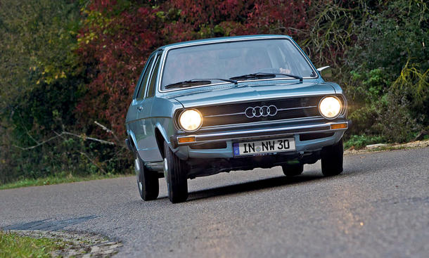 Classic-Cars Wallpaper - Audi 80 L