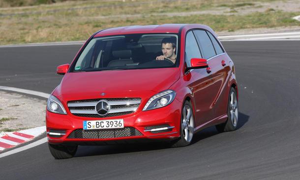 Mercedes B 200 BlueEFFICIENCY - Zwischen-den-Klassen-Produkt