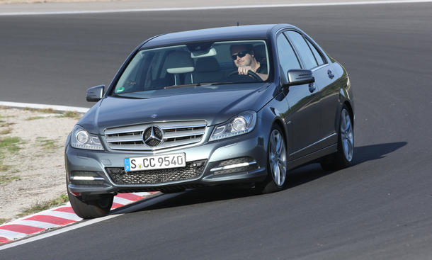 Mercedes C 180 BlueEFFICIENCY - Sensibles Fahrwerk