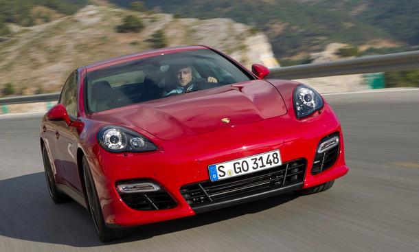 Bilder Porsche Panamera GTS 2012 Design Front