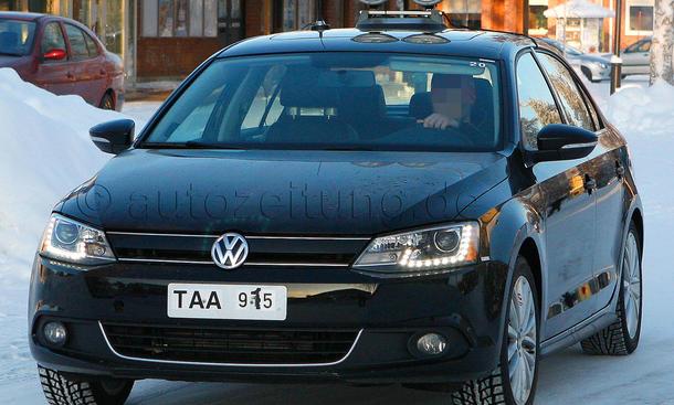 VW Jetta Hybrid 2012 Erlkönig