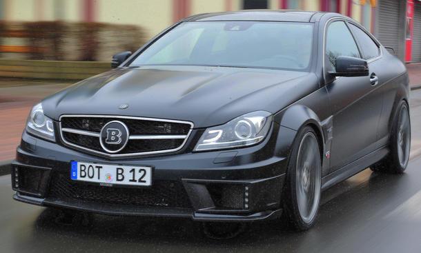 Brabus Bullit Coupé 800 V12 Biturbo Tuning Auto Salon Genf 2012 Mercedes C 63 AMG Coupé