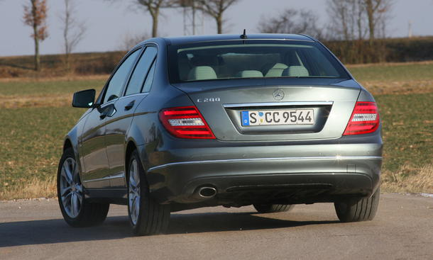 Mercedes C 200 BlueEFFICIENCY - Heckantrieb