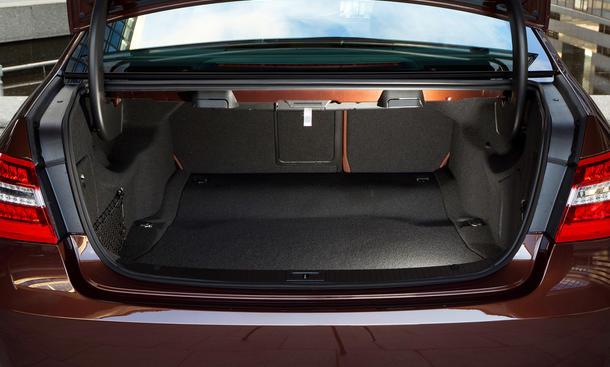 mercedes e klasse hybrid auch als kombi preis ber euro bild 9. Black Bedroom Furniture Sets. Home Design Ideas