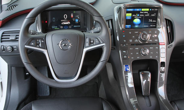 Opel Ampera 2012 Elektroauto Im Alltags Test Autozeitung
