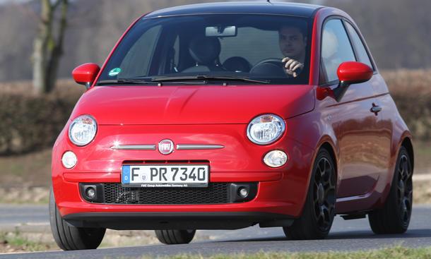 Fiat 500 0.9 8V TwinAir Verbrauchstest Downsizing Motoren 2012