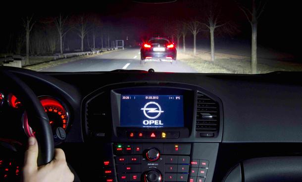 Technik: Opel Matrix-Lichtsystem - Mit Matrix-Licht