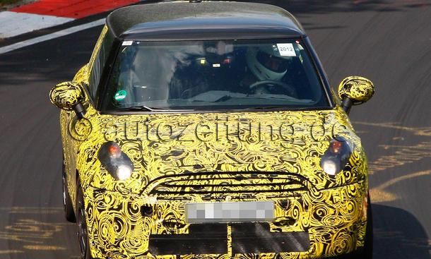 Mini Cooper S 2013: Erlkönig Hatchback Kleinwagen Nürburgring Dreizylinder